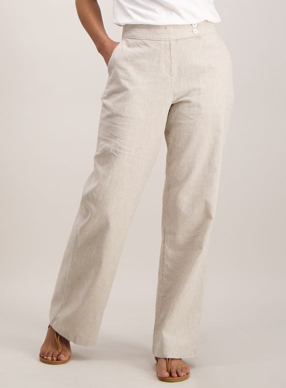 Made with a linen blend, these stylish trousers are perfect for .