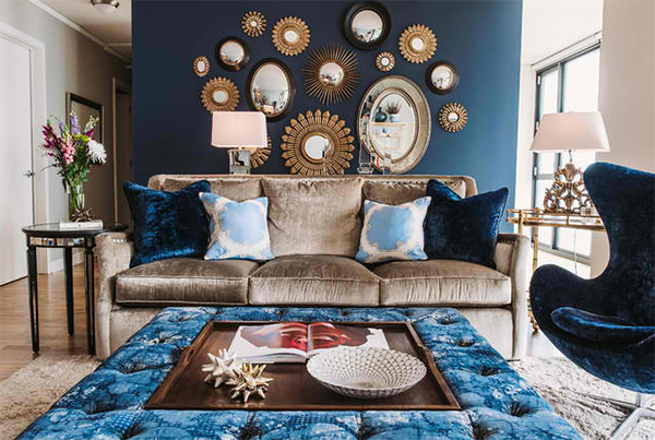 22 Living Rooms with Metal Wall Decorations | Home Design Lov