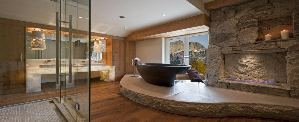 Luxury Bathrooms with Astonishing Fireplac
