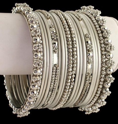 Metal Bangles at Rs 30000/dozen | Metal Bangle | ID: 105167740