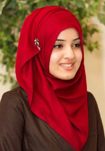 Hijab Style Trend: 2012 Beautiful Hijab Fashion Muslim Tren