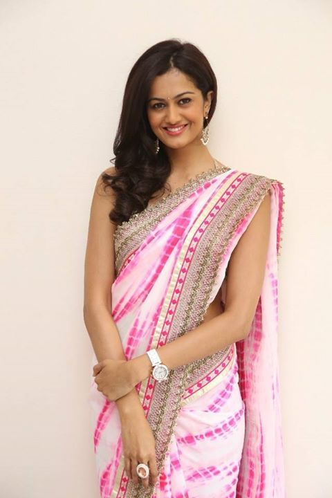 designer pink saree north indian (With images) | Shubra, Actresses .