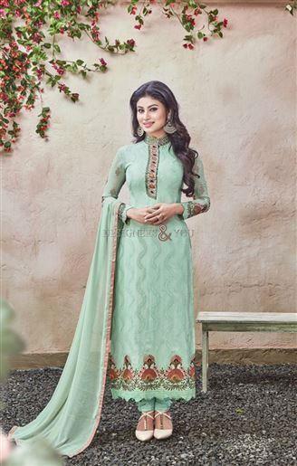 Simple pakistani salwar suit designs with parallel shape kameez .
