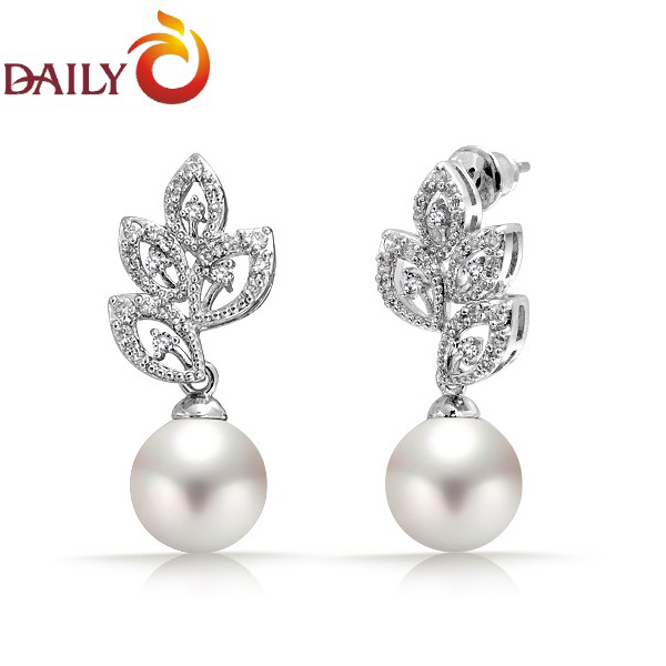 Woman Pearl Earrings Plant Leaves Design CZ Diamond Round .