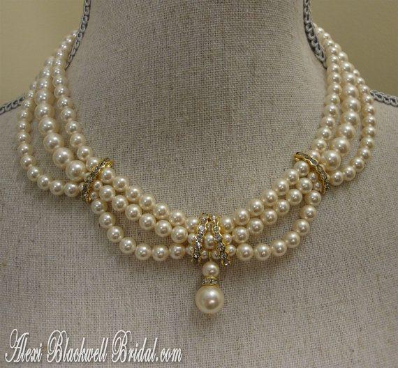 Necklace Bracelet Earrings Set Pearl Wedding Jewelry 3 strands .