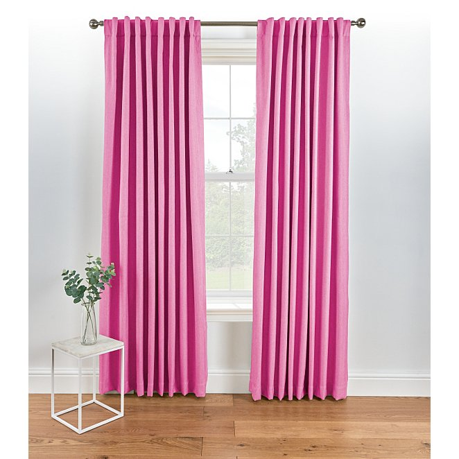 What's the deal with Weezer fans and Pink Curtains? I don't see .