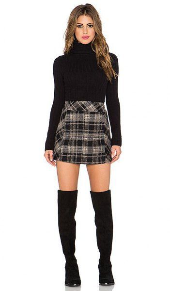 How to Style Black and White Plaid Skirt: Outfit Ideas (With .