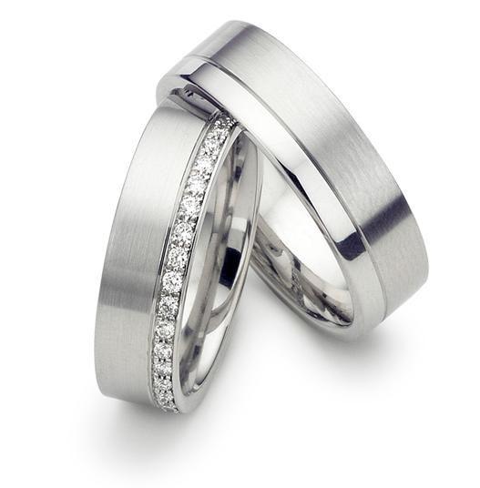 Platinum Jewellery Inspiration: Platinum wedding rings 'essential .