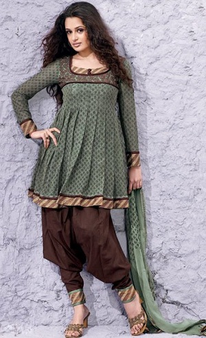 15 Trending Salwar Kurta Designs Are Must Have In Your Wardrob
