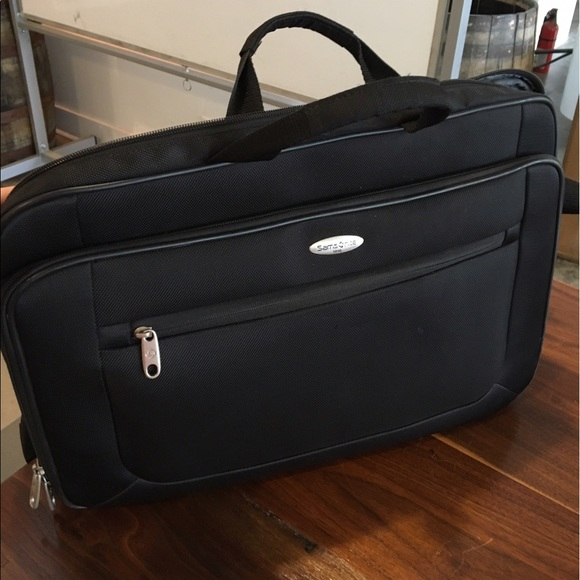 Samsonite Bags | A Likenew 1910 Laptop Bag | Poshma