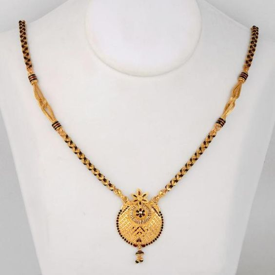 Latest Gold Mangalsutra Designs - Short And Long | Gold .