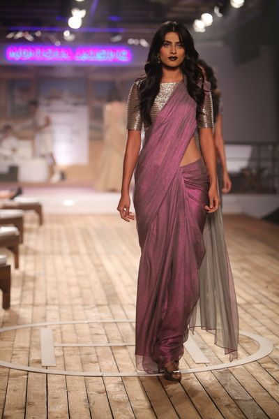 dhoop chaon sari, mauve and silver sari, silver blouse, boat neck .