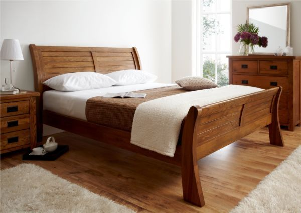 50 Sleigh Bed Inspirations For A Cozy Modern Bedroom | Wooden bed .