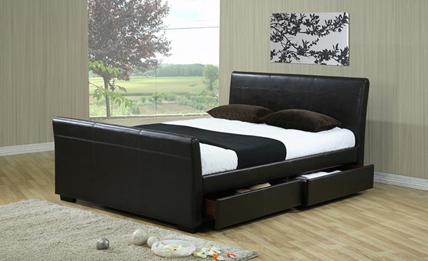 15 Lovely Sleigh Bed Designs | Home Design Lov