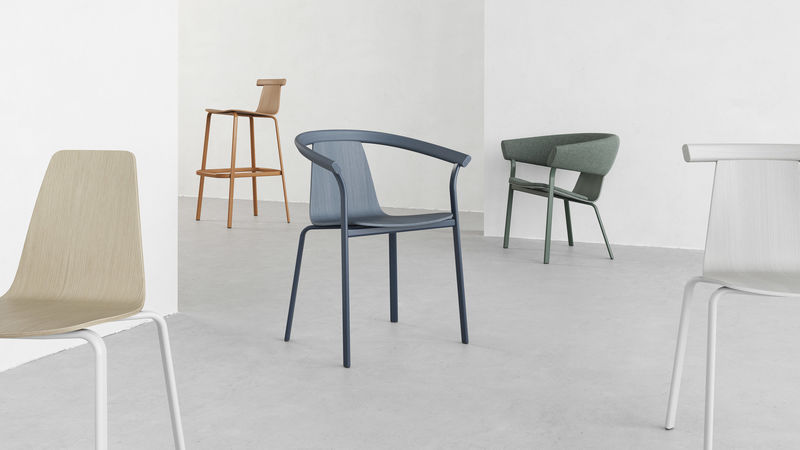 Design-Forward Stackable Chairs : stackable cha