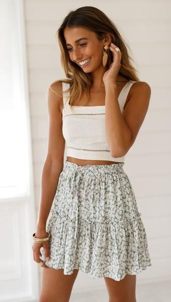Pin by Ambrooks on cute clothes in 2020 (With images)   Fashion .