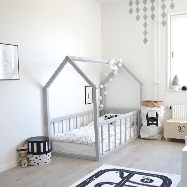 Big kid room. Love the house frame bed! (With images) | Toddler .