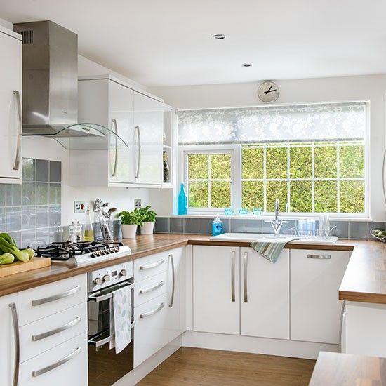 White u-shaped kitchen | Kitchen layout u shaped, Small kitchen .