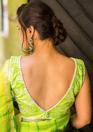15 Modern V Shaped Blouse Neck Designs at Back and Fro
