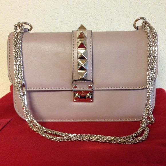 Valentino Bags | Rockstud Flap Shoulder Bag Medium | Poshma