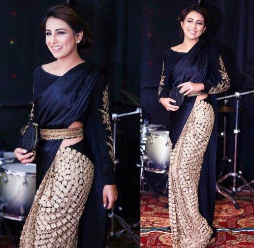 velvet-saree-blouse-design-saree-blouse-designs-latest - National .