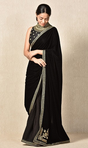 Mesmerising Velvet Sarees Collection That Will Give A Royal Lo