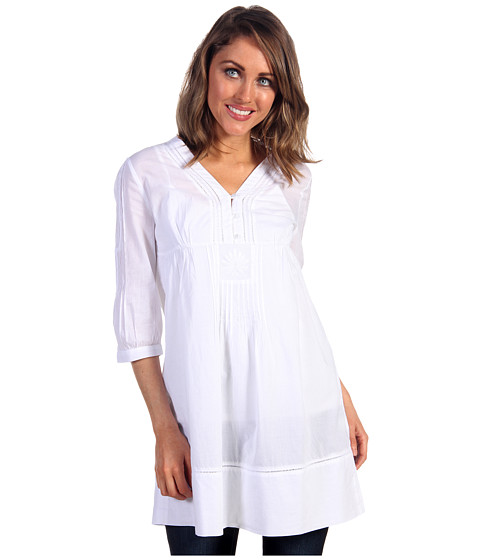 white tunic tops 01350440 | The Cute Styl