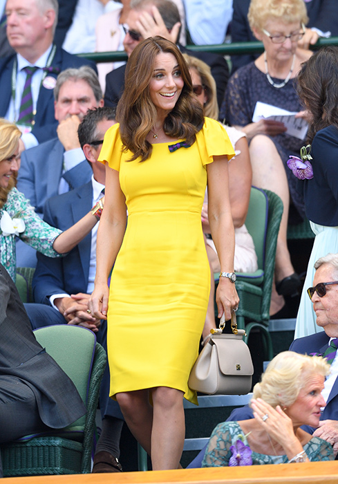 The yellow dress that looks exactly like Meghan Markle and Kate .